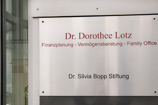 Dr. Dorothee Lotz - Stiftung